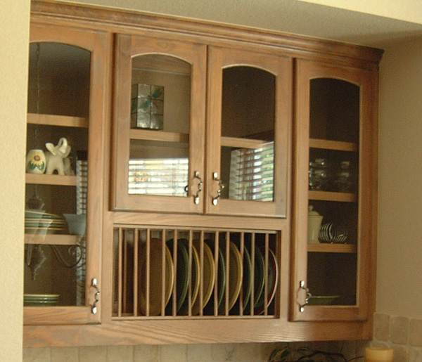 Cutlery and plates burrows cabinets central texas - Vertical tray dividers kitchen cabinets ...
