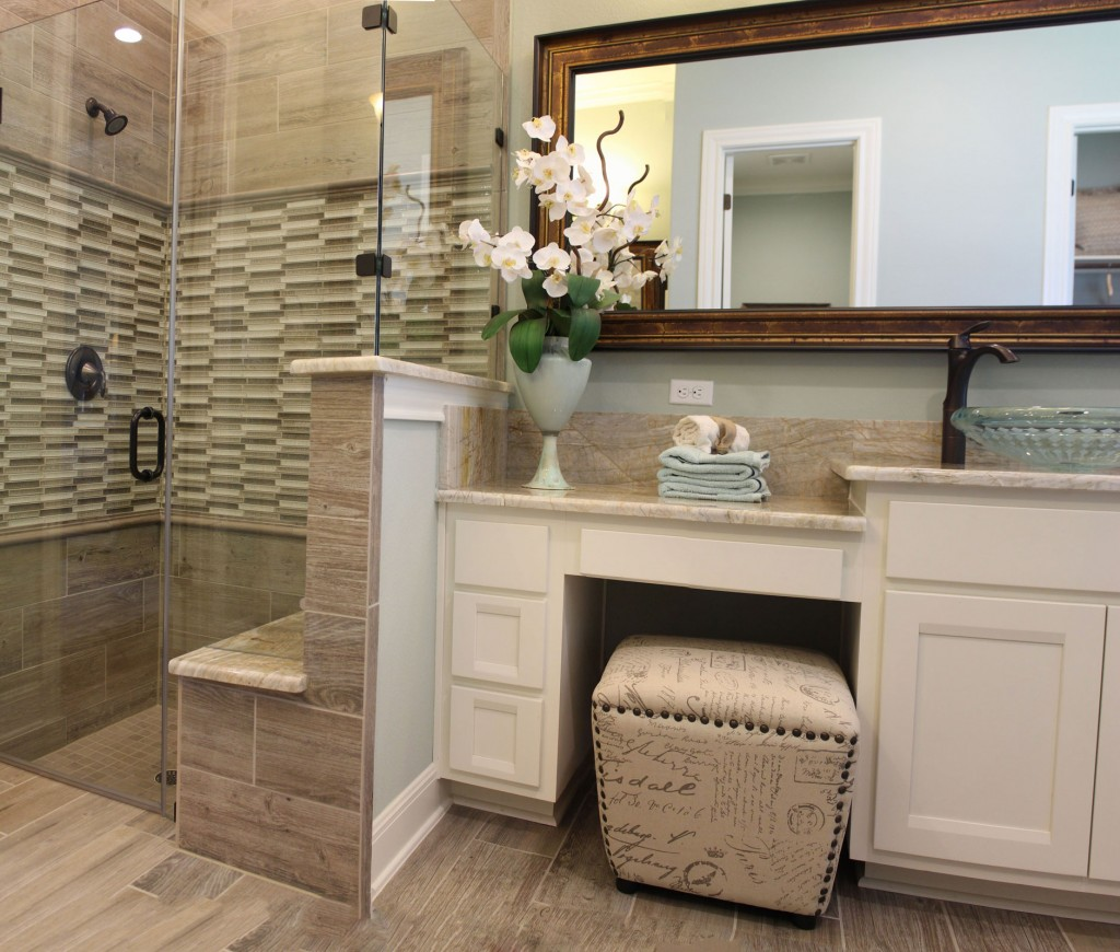 Burrows Cabinets Master Bath In Bone With Briscoe Doors And Knee E