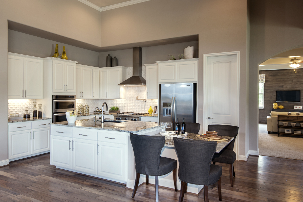 What Color Paint Kitchen White Kitchen Cabinets Burrows Cabinets Central Texas