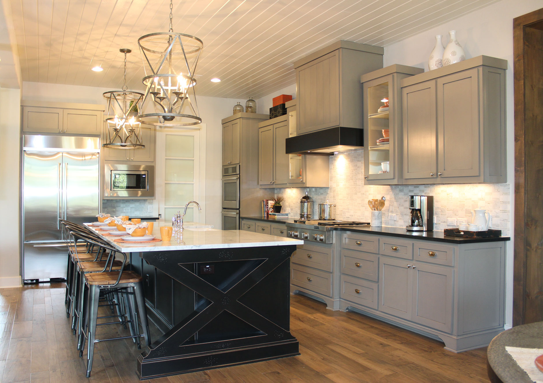 Exceptionnel Gray Kitchen Cabinets   Burrows Cabinets   Central Texas Builder Direct  Custom Cabinets