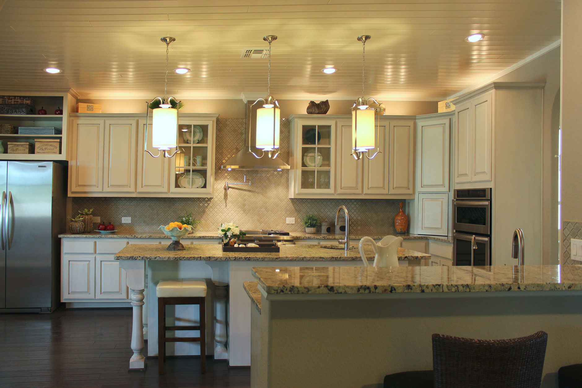 white kitchen cabinets - burrows cabinets - central texas builder