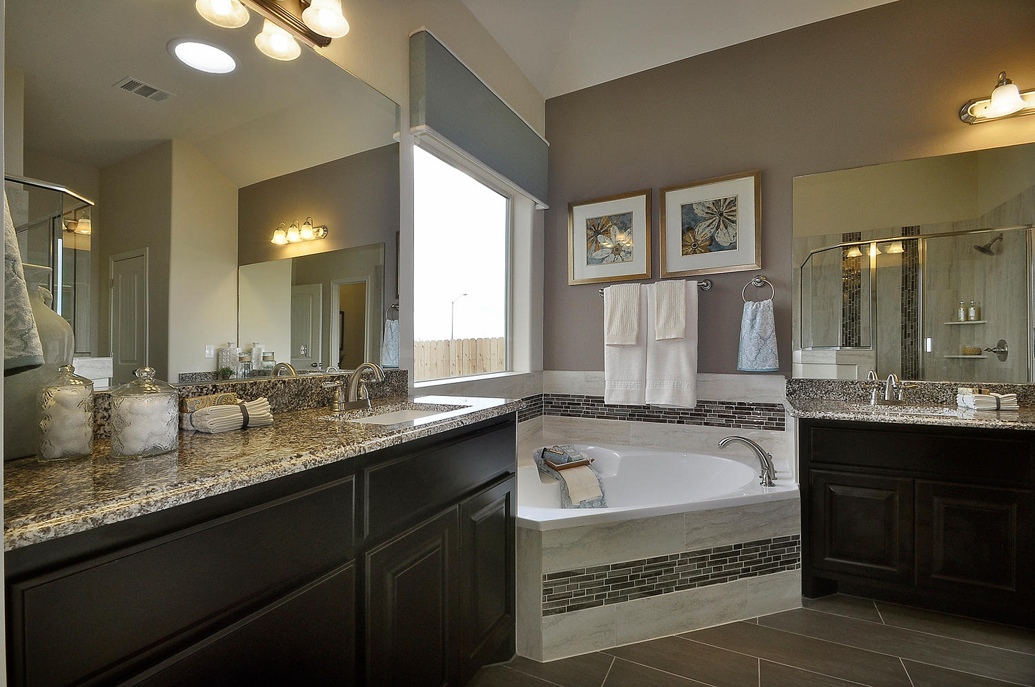 bathroom - burrows cabinets - central texas builder-direct custom