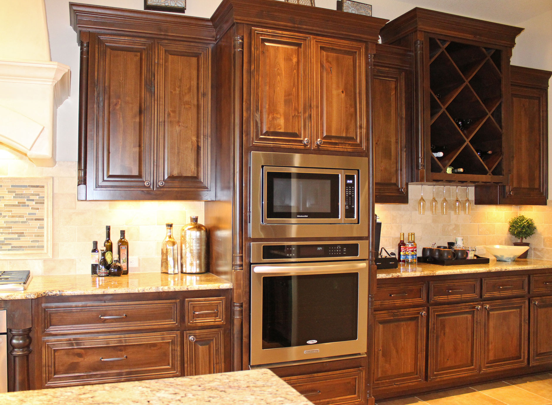 Kitchen 039b - Burrows Cabinets - central Texas builder ...