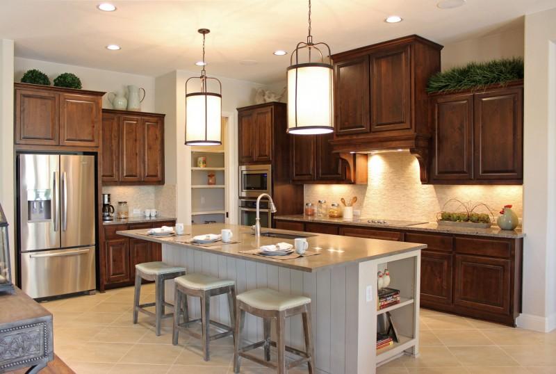 Hardwood Upper Cream Lower Alder Kitchen Cabinets