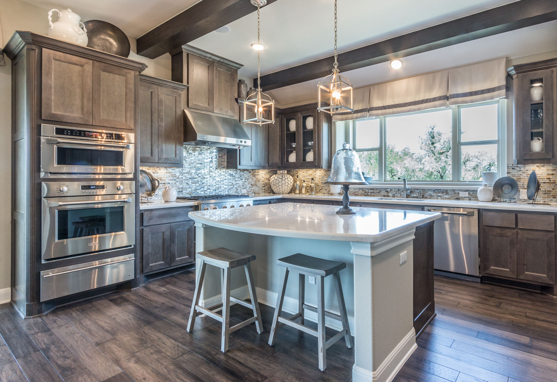 Kitchen 089 - Burrows Cabinets - central Texas builder-direct custom ...