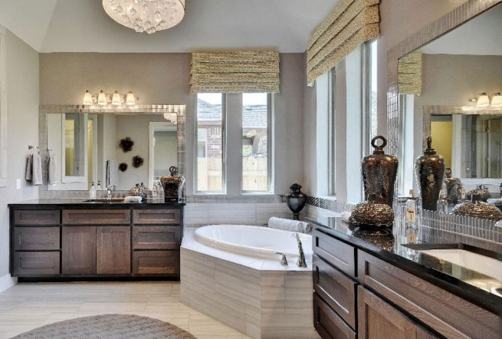 Master bath Shaker style by Burrows Cabinets